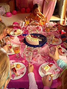 Kinderparty und Teeniepartys feiern!